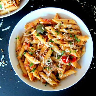 Instant Pot Pasta - Penne Sausage Tomato Cream L 2 - Paint the Kitchen Red
