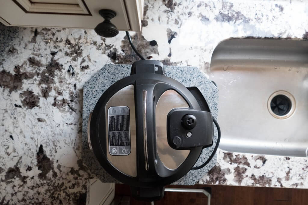 Instant Pot Problems - instant pot on counter but away from cabinets, steam release facing the side - Paint the Kitchen Red